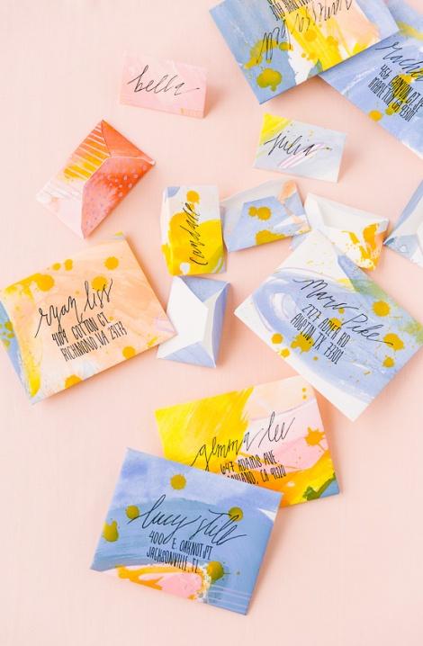 Fabriquer des enveloppes peintes
